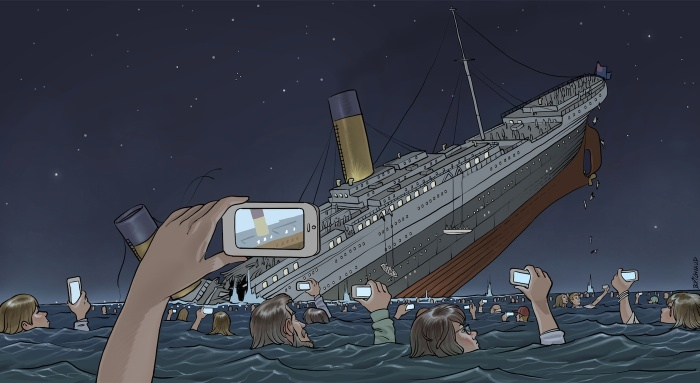 Phones Titanic